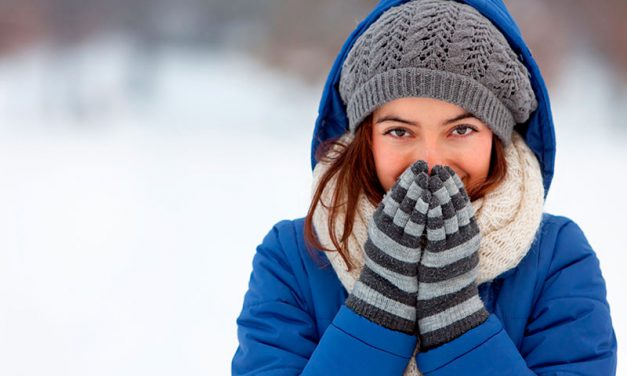 Trucos para cuidar las manos en invierno y remedios caseros