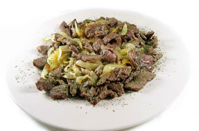 La receta del día: Tiras de filetes de ternera con cebolla a la sidra