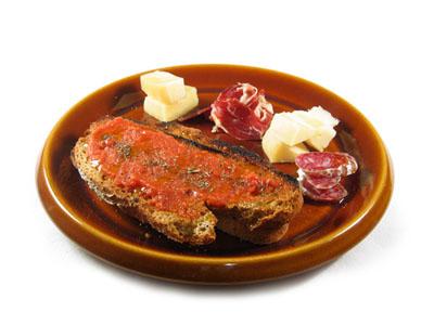 La receta del día: Tostada de jamón con ajo y pan de pueblo