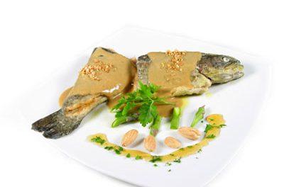 La receta del día: Trucha con salsa de almendras