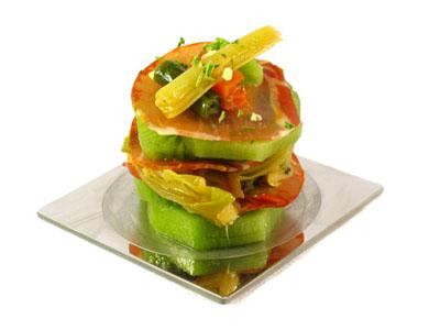 La receta del día: Verduras salteadas con kiwi y lomo embuchado ibérico