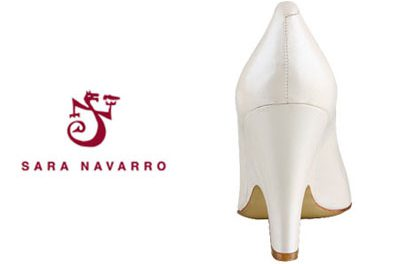 Calzado con aromas a cereza, azahar o gardenia de Sara Navarro
