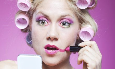 7 errores de maquillaje que te hacen más mayor