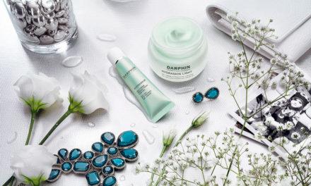 Hidrata, descongestiona, y disminuye las ojeras, Hidraskyn Gel-Crema Refrescante Ojos de Darphin