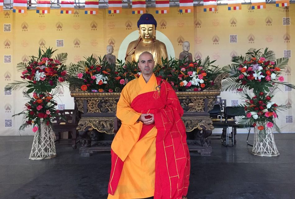 El maestro del Templo Shaolin Carlos Álvarez, el único monje budista Heshang en España