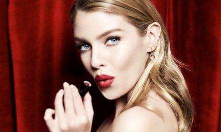 Barra de labios mate con efecto hidratante, Velvet Mattes Lipstick de Max Factor