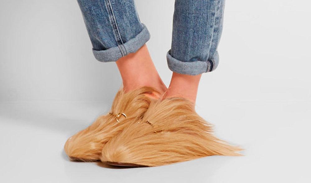 Zapatos peludos ¿te atreves con esta tendencia?