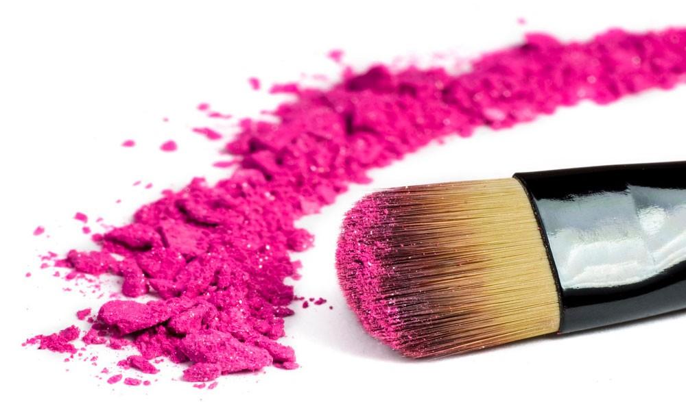Maquillaje, 5 productos que no vas a poder vivir sin ellos