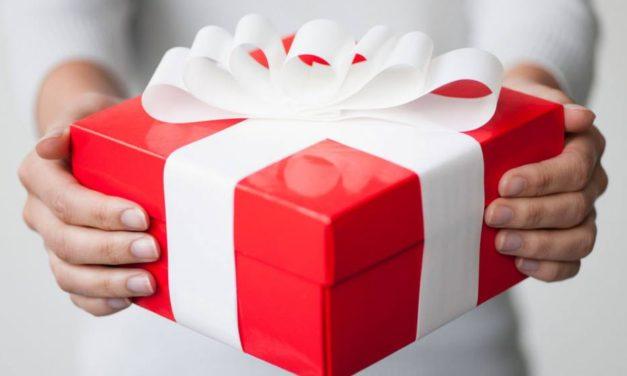 Regalos para Navidad: L'oréal Paris y Jordi Labanda crean un kit especial para cada mujer