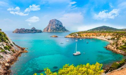 Descubre los secretos de Ibiza, la Isla Blanca del Mediterráneo