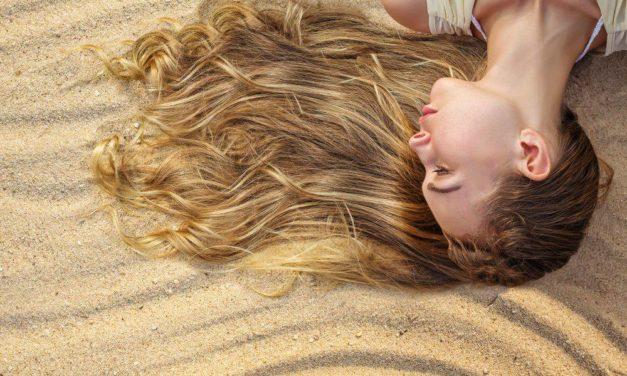 Como proteger el pelo de las agresiones externas durante el verano