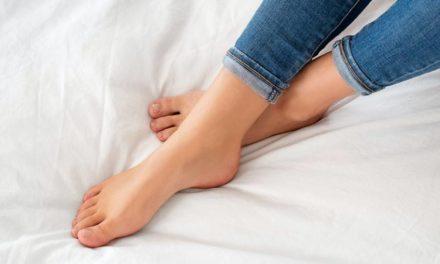 Pies secos, talones agrietados, pie de atleta, sequedad, mal olor… la mejor crema multiusos para prevenir y tratar